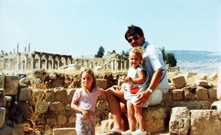Kate je z družino nekaj časa živela v Jordaniji.