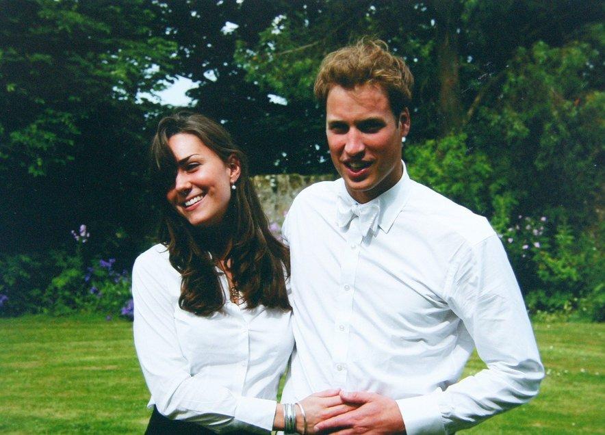 Kate in William sta se spoznala na prelomu tisočletja, romanca pa se je razvila iz dobrega prijateljstva.