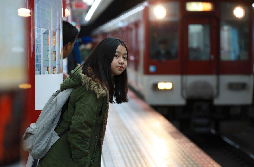 Pazite, da ne zamudite zadnjega vlaka: ponekod nehajo že pred polnočjo, vsekakor pa do prve ure zjutraj.