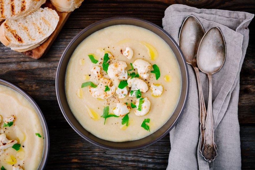 Cvetačna juha je idealna večerja.