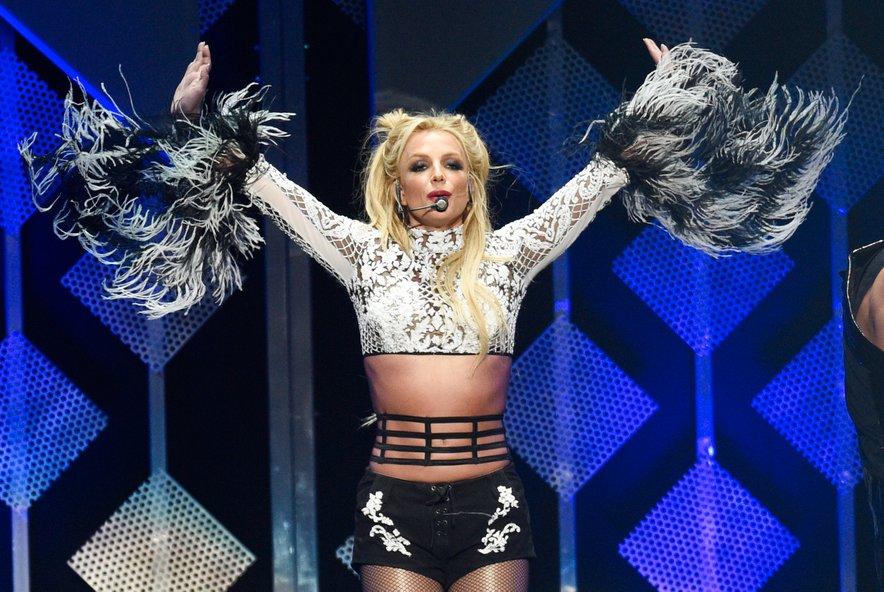 Britney je dobila tudi stalen šov program v luksuznem resortu Planet Hollywood Resort & Casino v Las Vegasu, kjer prireja dih jemajoče odrske predstave plesa in petja.