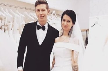 Tamara in Renato sta si pred nekaj meseci za potrebe videospota Po tebi mi diši ljubezen že nadela poročna oblačila, nam pa se zdi, da bo kmalu tako tudi v resničnem življenju.