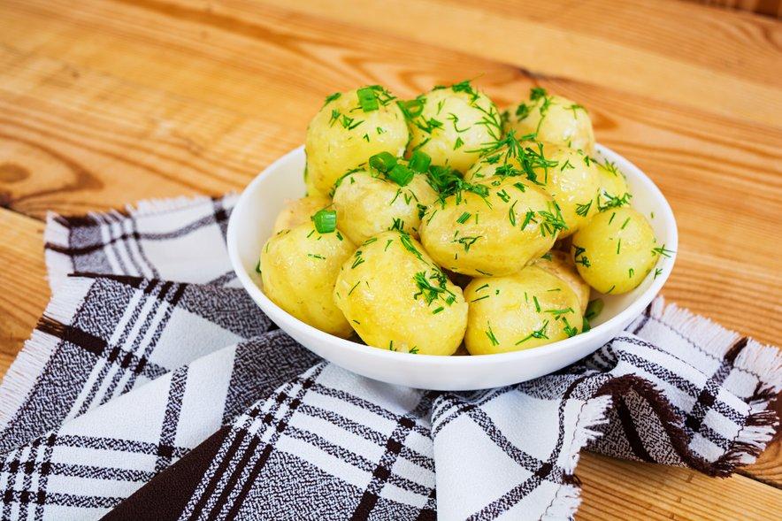 Kdo bi si mislil, da je tudi kuhan krompir dober vir vitamina C?