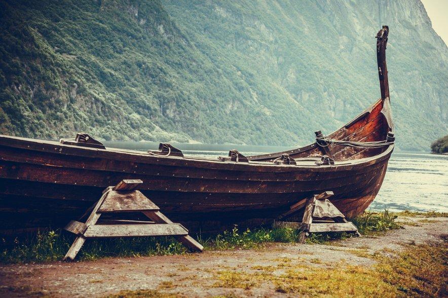 Na Norveškem imajo sicer po njegovih besedah le tri dobro ohranjene vikinške ladje, vse pa hranijo v muzeju v Oslu.