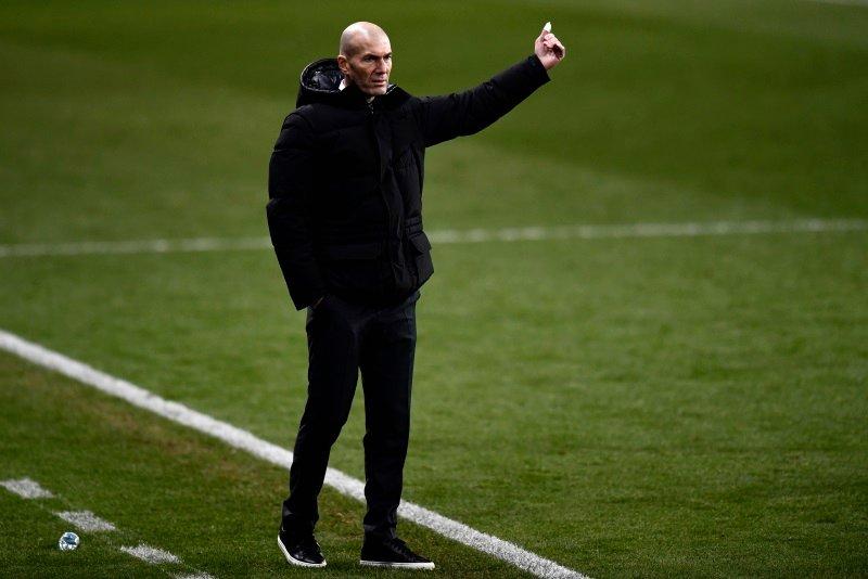 Zinedine Zidane bo na prvi tekmi z Atalanto brez kapetana Sergia Ramosa, pa tudi brez prvega strelca Karima Benzemaja, ki je letos dosegel 17 zadetkov.
