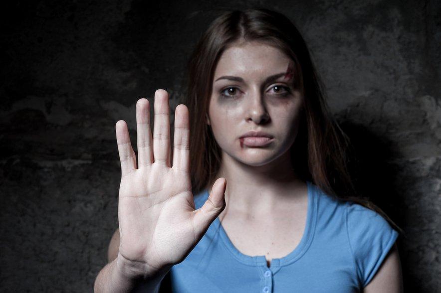 Nasilje v družini ostaja eden ključnih problemov slovenske družbe.