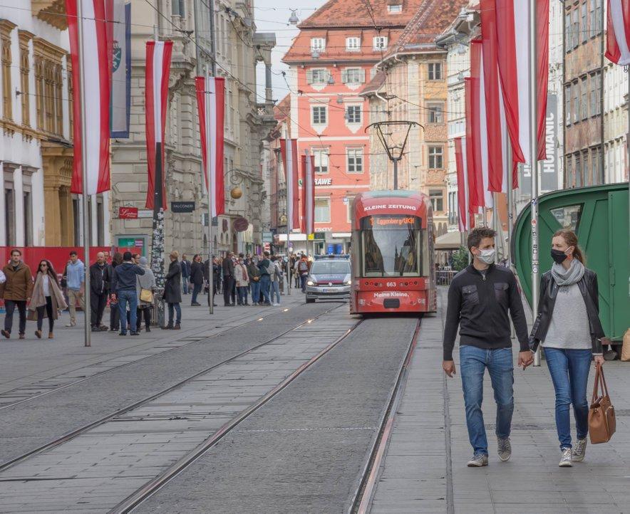 V Avstriji bodo popolno zaprtje podaljšali za en teden.