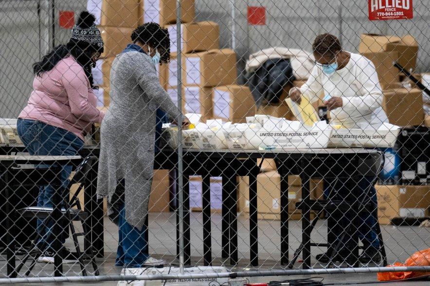 Glasovnice še preštevajo.