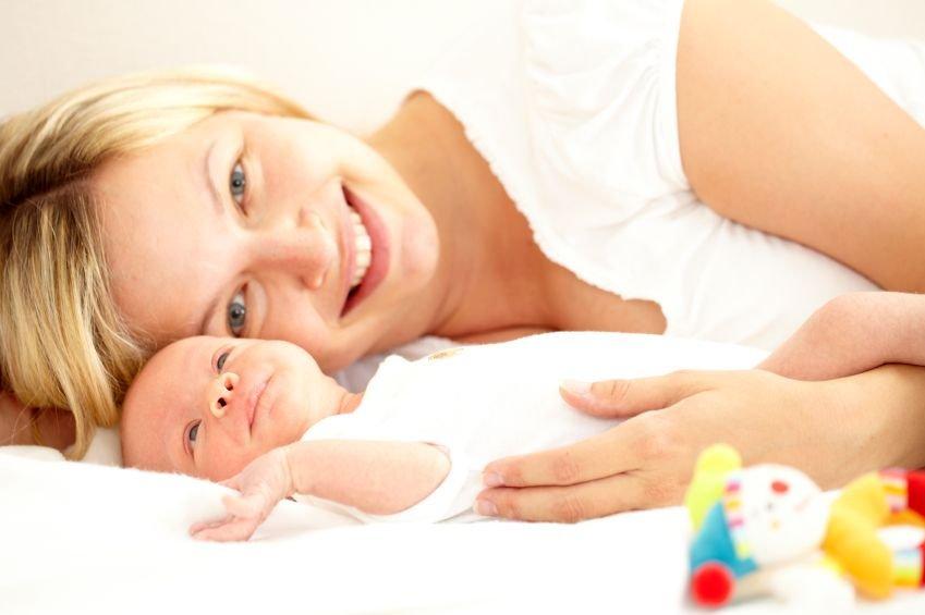 Mama in dojenček