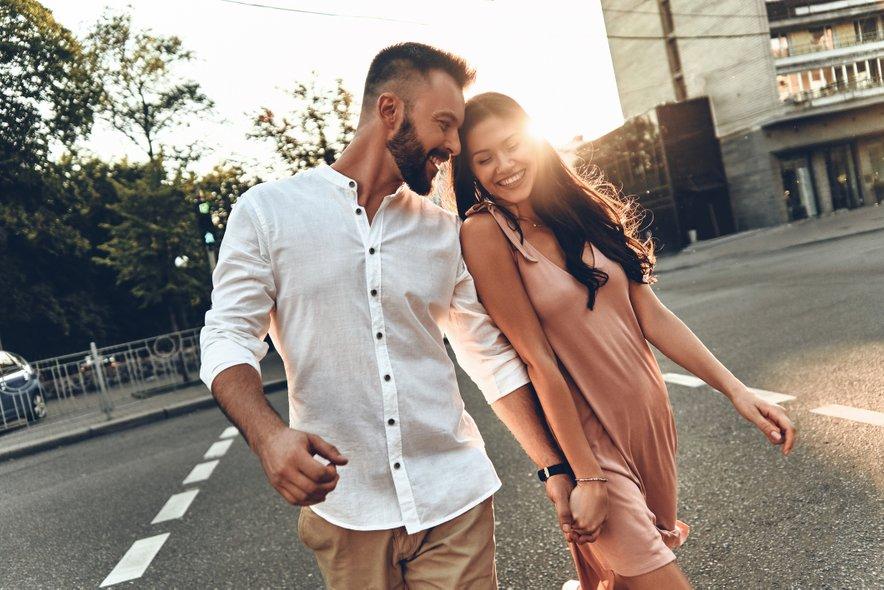 V ljubezni in zakonu se dvojčki dobro razumejo s tehtnicami in vodnarji ter za silo z levi in ovni.
