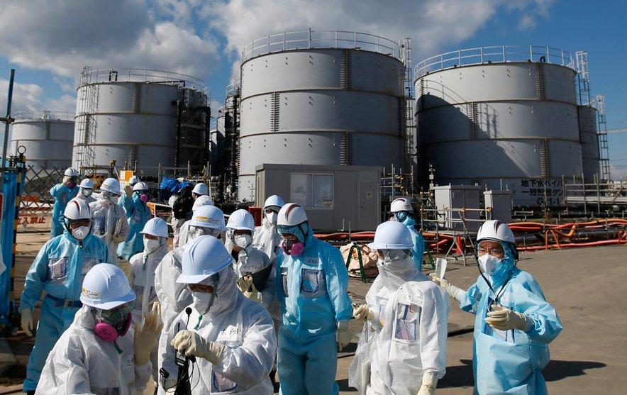 Marca 2011 sta Japonsko prizadela sprva uničujoč potres, nato pa še cunami. Umrlo je okoli 19.000 ljudi.
