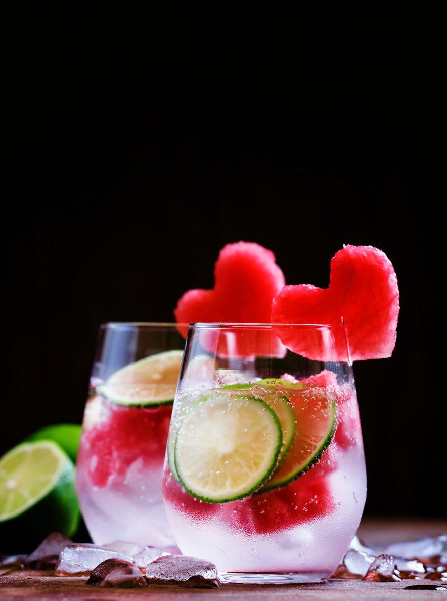 Gin in tonik z lubenico