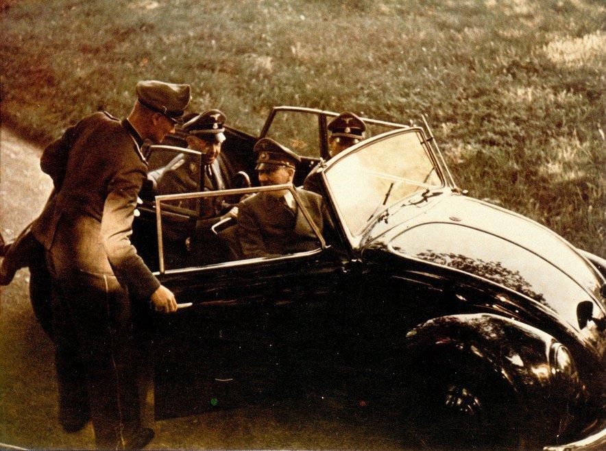 Hitler in Heinrich Himmler leta 1939.