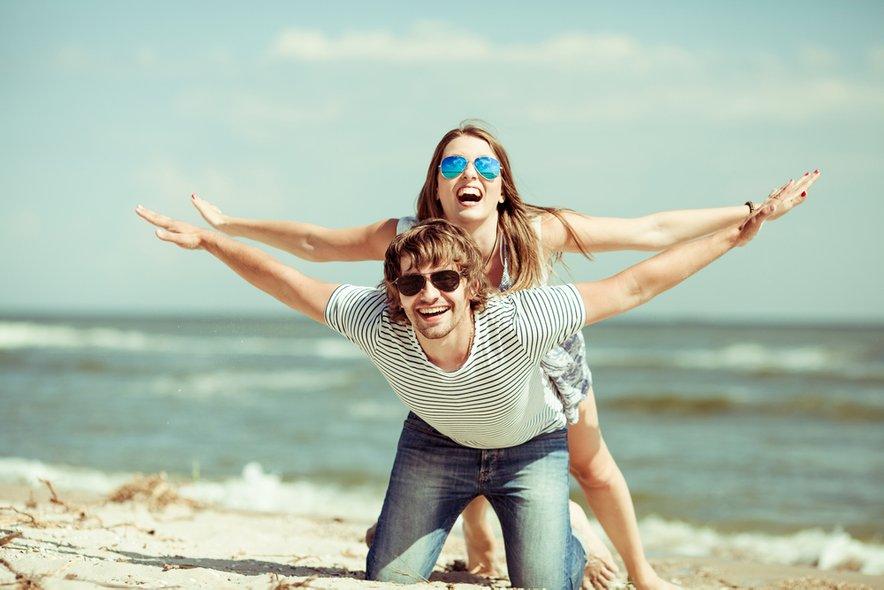 Pomembno je, da razvijamo skupne hobije in interese, da se s partnerjem skozi leta ne oddaljimo.