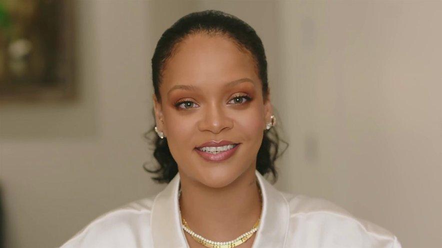 Rihanna pripravlja poslastico za svoje oboževalce.