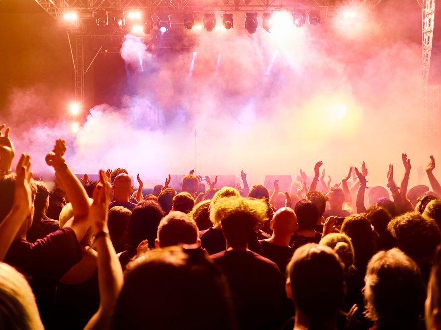 V PKP5 je vlada prepoznala tudi težave glasbene industrije.