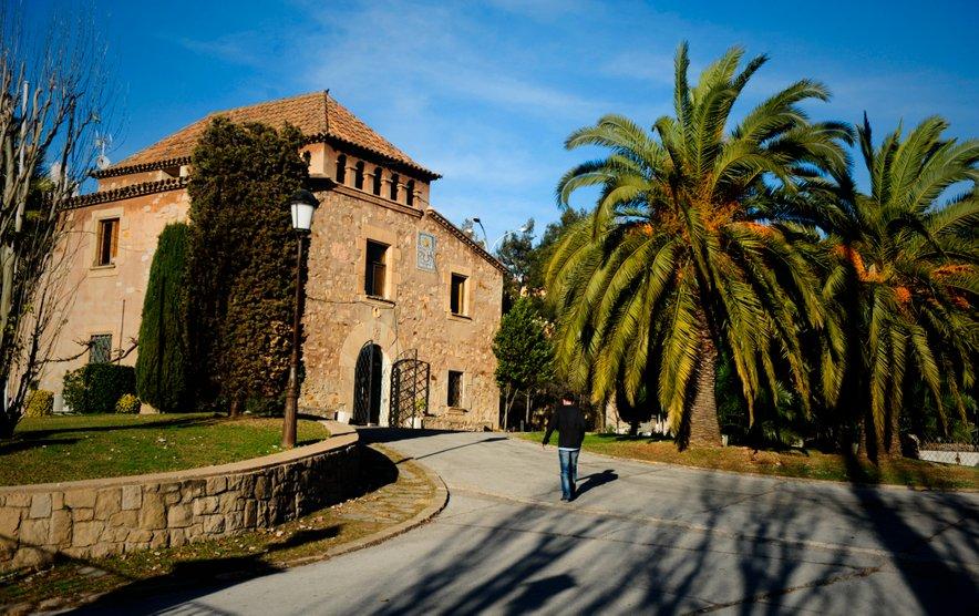 Vhod v slovito Barcino nogometno akademijo La Masia.