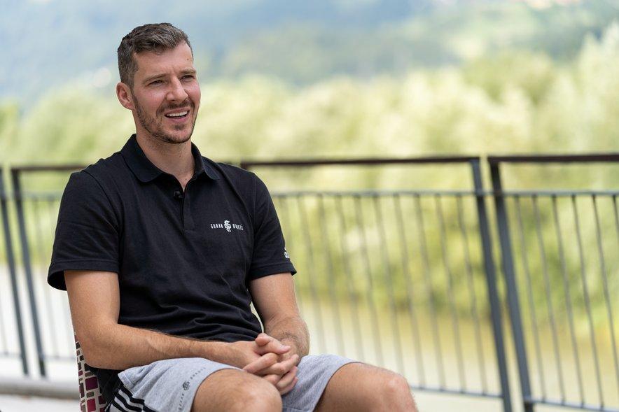 Goran Dragić na košarkarskem kampu v Laškem