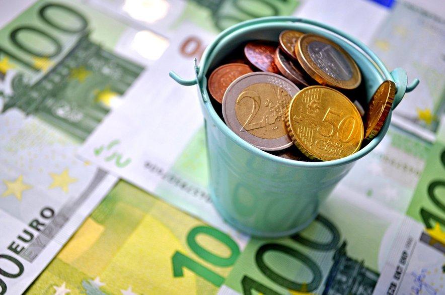 Zaradi motiva na kovancu je imela težave s sosedo tudi Slovenija.