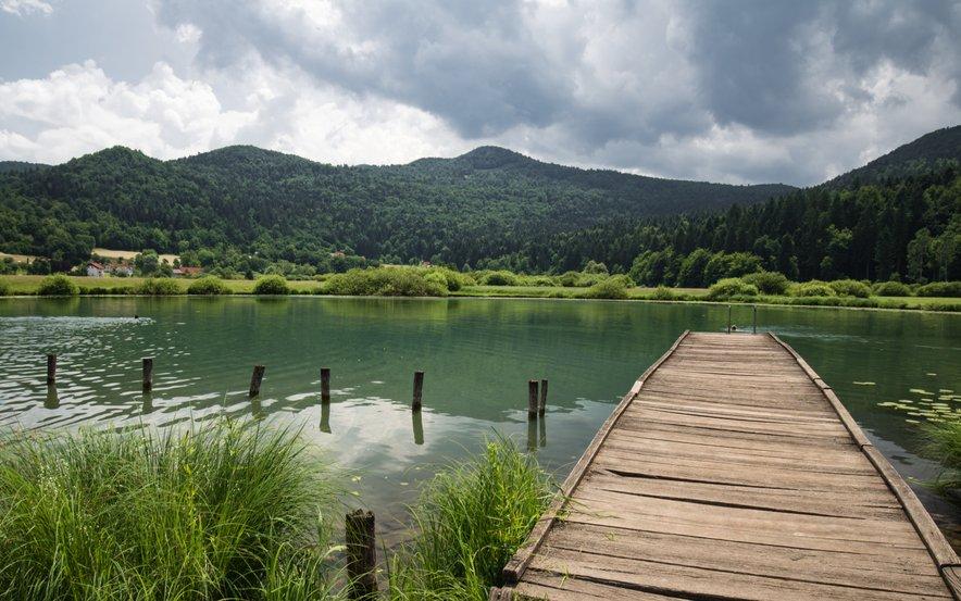 Podpeško jezero