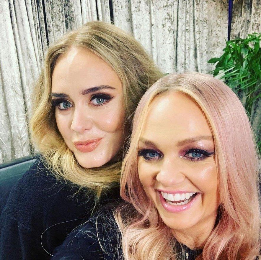 Adele se je družila s spajsicami.