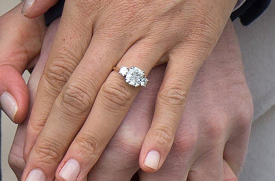 Prvotni zaročni prstan, ki ga je nosila Meghan Markle