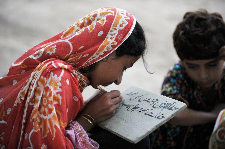 V Pakistanu so tarče zlasti revna muslimanska dekleta, ki jih je najlažje premamiti v zakon.