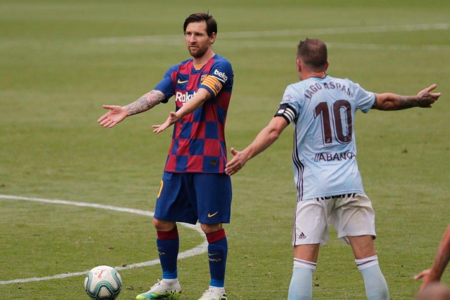 Dvoboj kapetanov v Vigu: Messi (levo) ob Iagu Aspasu, ki je bil spet junak domače Celte.
