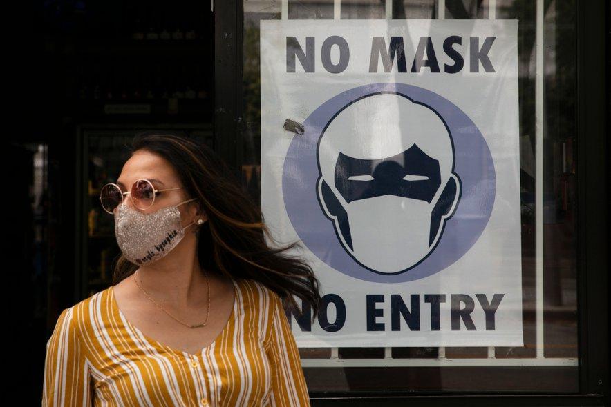 V nekaterih zveznih državah znova uvajajo ukrepe za preprečevanje širjenja okužb.
