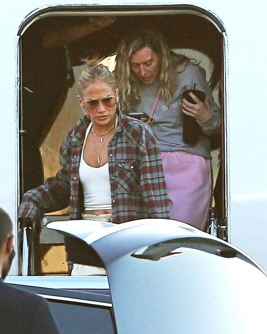 Kot kaže, si je Jennifer Lopez izposodila Benovo srajco.