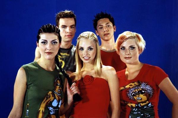 Skupina Bepop je leta 2002 obnorela staro in mlado.