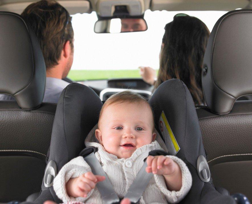 Dojenčka prevažajte v lupinici.