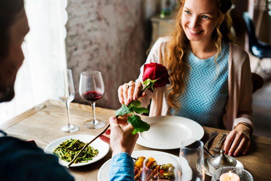 Kako si predstavljate idealen zmenek?