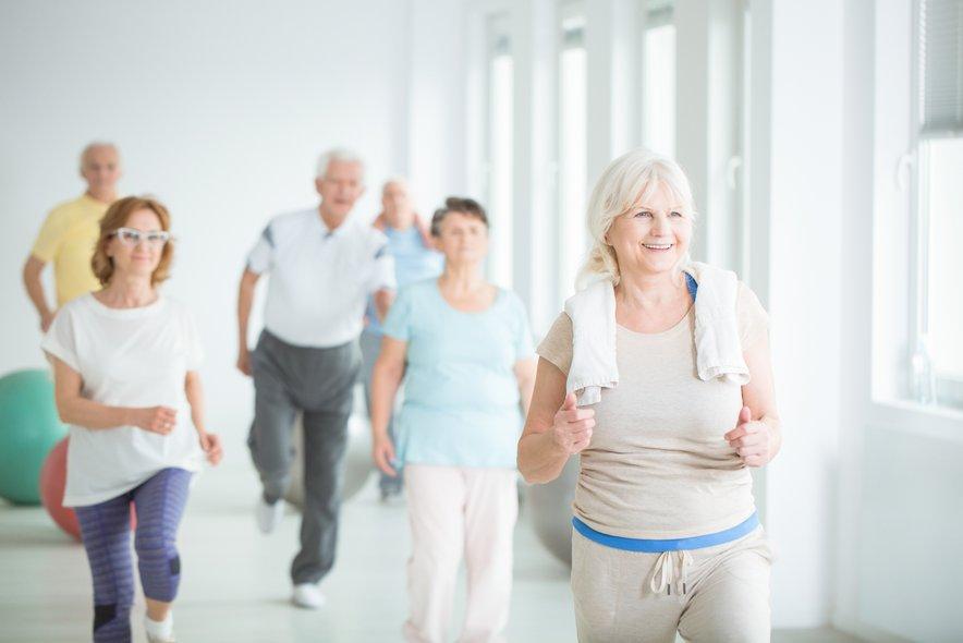 Tudi če so se ljudje začeli dovolj gibati med 40. in 61. letom, ni bilo prepozno.
