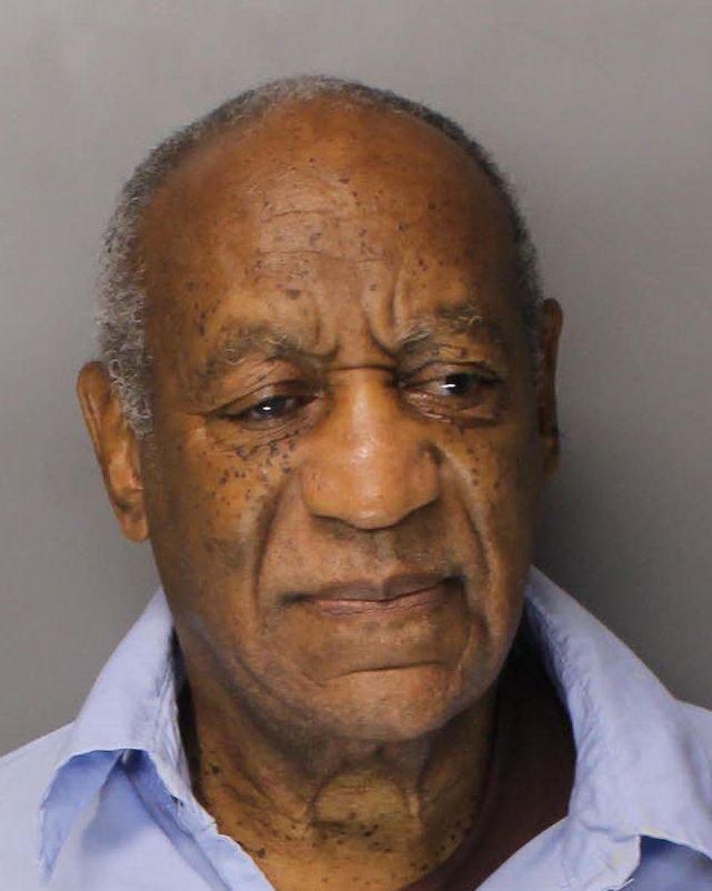 82-letni igralec je v zadnjih nekaj letih oslepel, kar otežuje njegovo bivanje v zaporu.