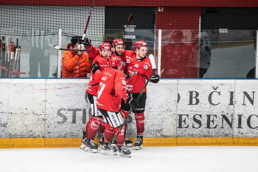 Hokejisti Jesenic zasedajo drugo mesto v alpski ligi.