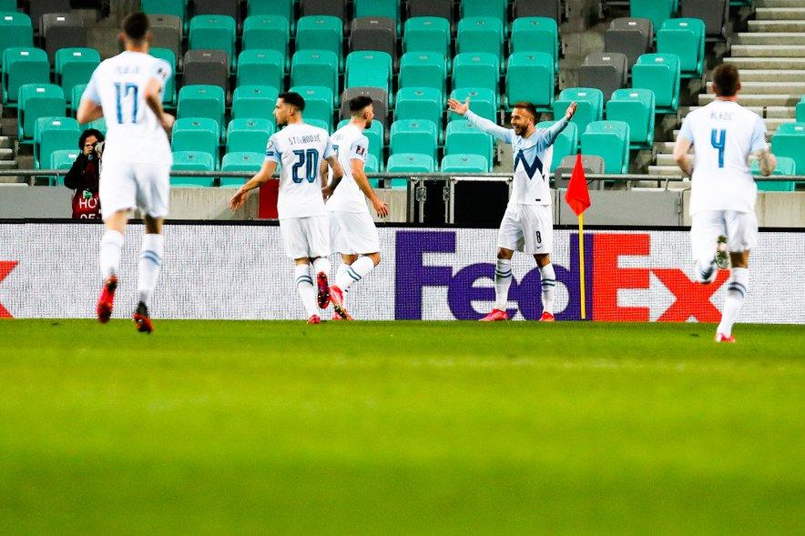 Slovenci so se veselili zmage proti Hrvatom.
