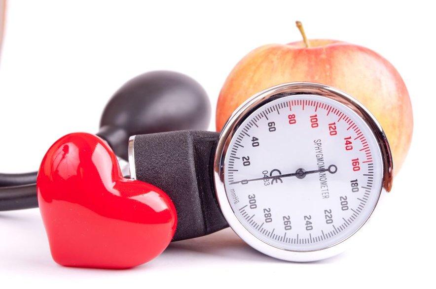 Če imate težave z nizkim krvnim tlakom, ga morate čim bolj približativrednosti 120/80 mmHg.
