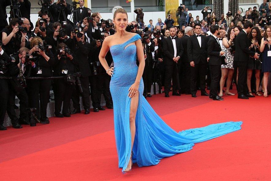 Noseča Blake Lively v Cannesu - 3