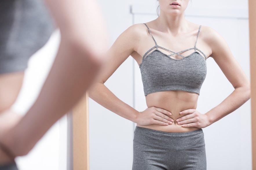 Skoraj dvakrat več žensk kot moških predstavnikov generacije Z namreč priznava, da so spremenile svoje prehranjevalne navade (kot je prenajedanje ali vzdržati se jesti) zaradi negotovosti, povezanih z izgledom.