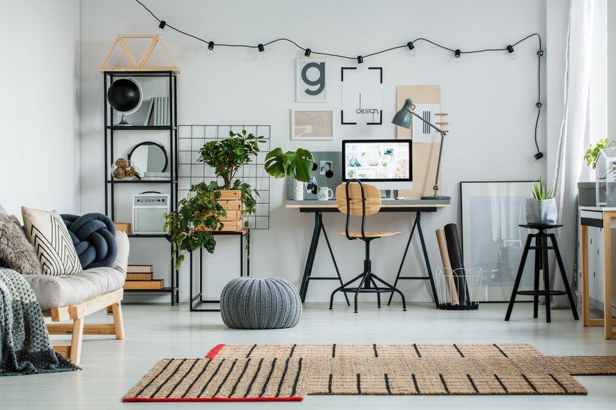 Takšne domače pisarne so vizualno zelo privlačne, vendar zasedejo ogromno prostora.