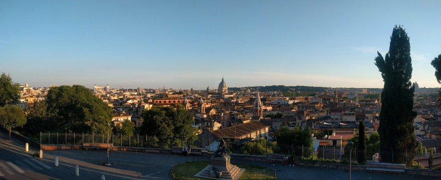 Rim je fantastično mesto, ki na prvi pogled izgleda kot da ne bi imelo urbanističnega načrta.