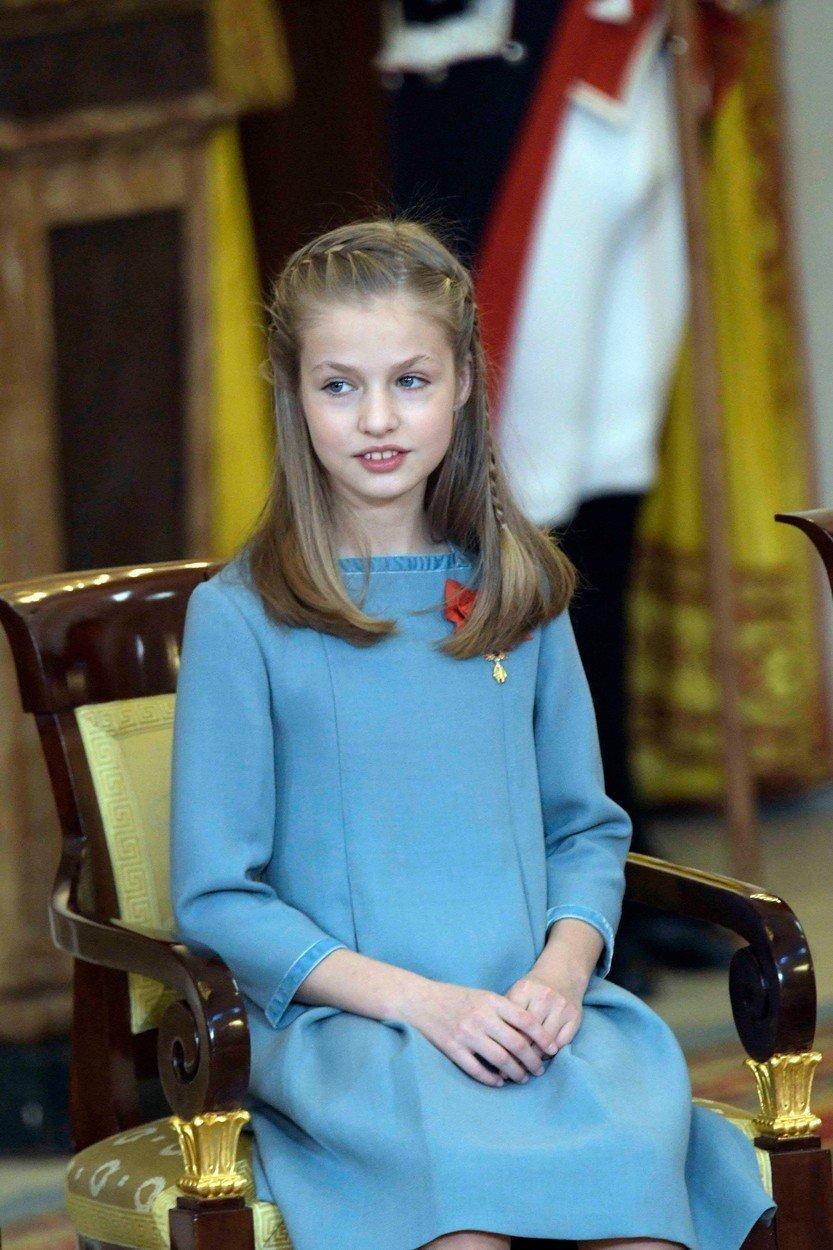 Princesa Leonor je že pri dvanajstih letih poosebljenje elegance.