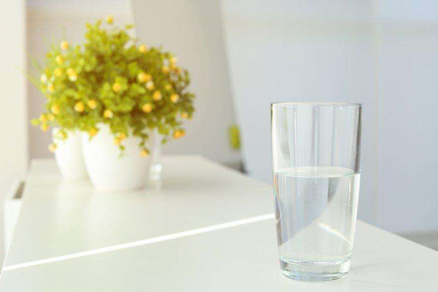 Ali vidite kozarec pol prazen ali pol poln, je zelo pomembno.