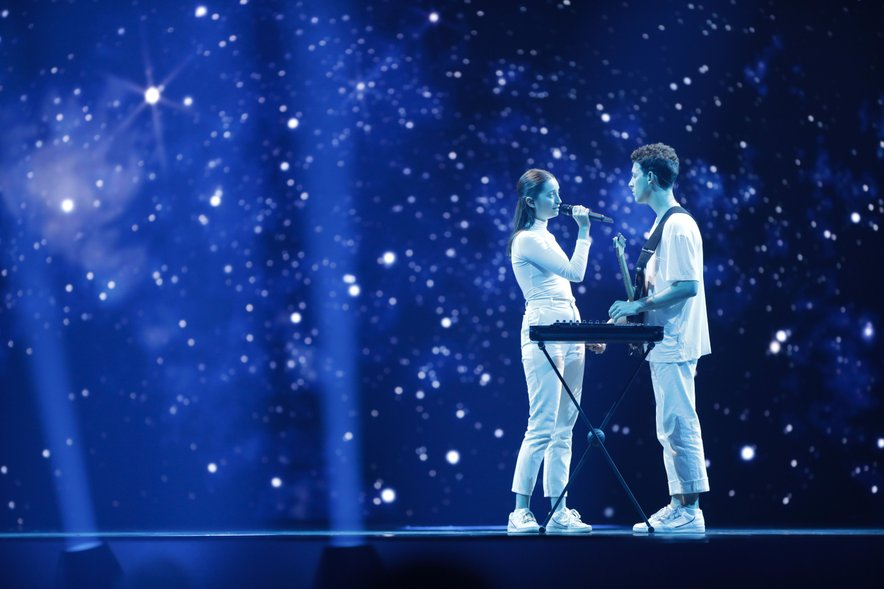 Zala Kralj in Gašper Šant sta se na Eusosongu v Tel Avivu zasluženo uvrstila v finale.