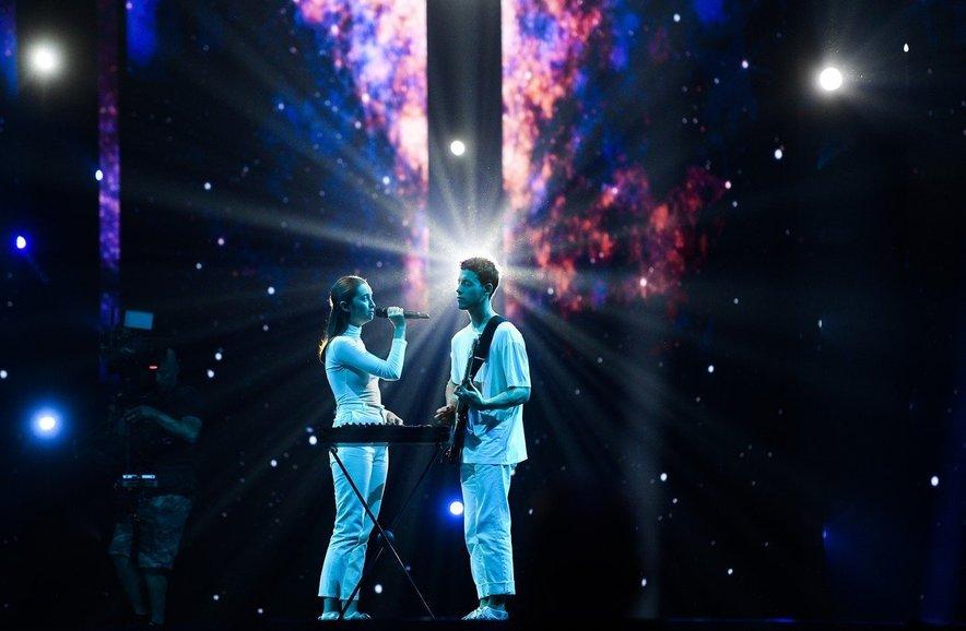 Zala in Gašper sta si zagotovila vstopnico za sobotni finale.