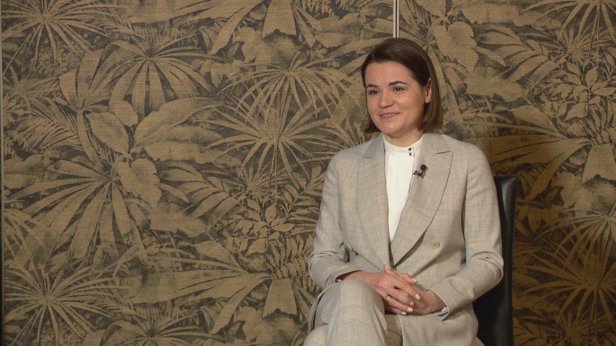 Svetlana Tihanovska pri evropskih in svetovnih voditeljih išče podporo za demokratične spremembe v Belorusiji.
