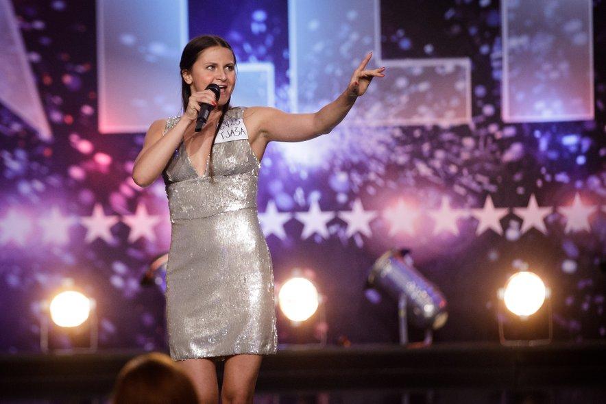 Tjaša je na avdiciji navdušila s pesmijo Don't Rain on My Parade.