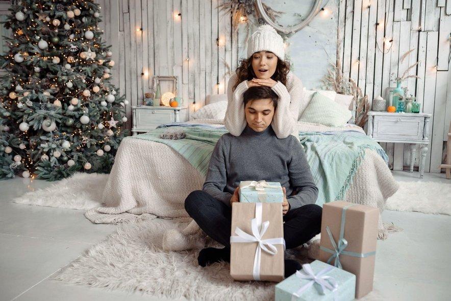 Veselje in sreča se skrivata tudi v malenkostih, kot so na primer božični okraski.