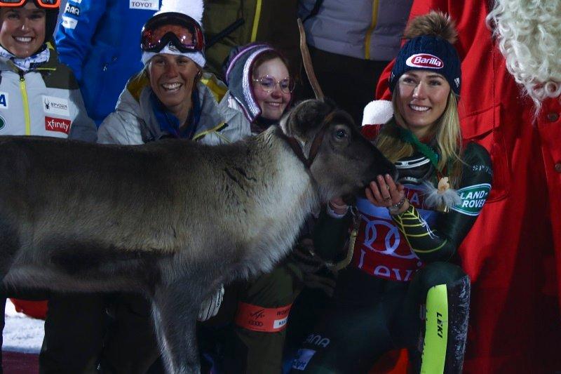 Mikaela Shiffrin je oba slaloma v Leviju končala brez zmage.